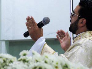 padre Claudio 5 anos