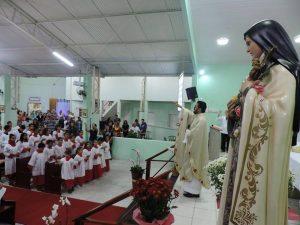 padre Claudio 5 anos 8